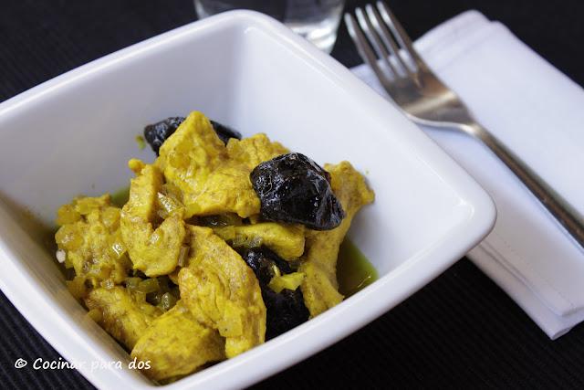 Pollo al curry estuche de vapor l ku y convencional for Como cocinar pollo al curry