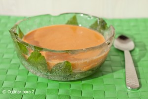 Ideas para verano: cuenco para cremas fras como gazpacho