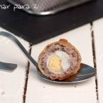Huevos de codorniz a la escocesa. Día mundial del huevo