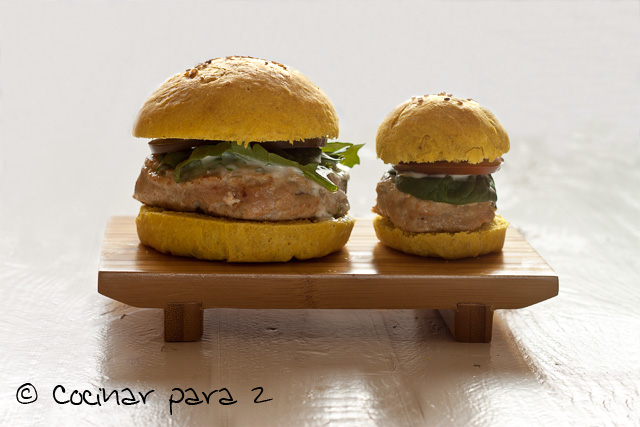 pan de hamburguesa de curcuma y curry