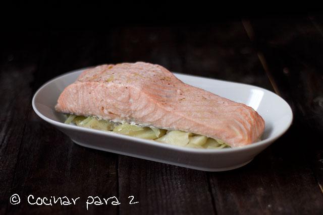 salmon vapor lekue